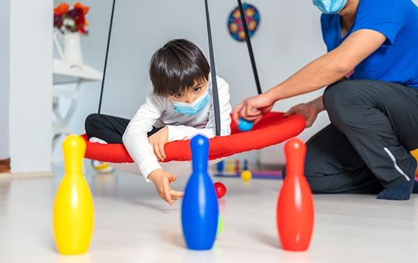 Criança com autismo em Atenção Domiciliar